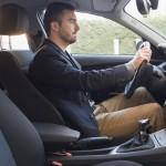 ישיבה נכונה בזמן נהיגה